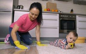 Alertan que criar bebés en ambientes muy limpios podría generarles un tipo de leucemia