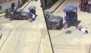 Tarapoto: cámara capta violento choque entre camioneta y mototaxi