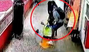 Cercado de Lima: cambista es asaltado y golpeado salvajemente dentro de galería