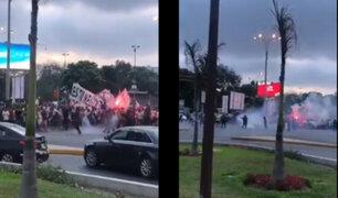 """Universitario de Deportes rechaza """"violencia extrema"""" por parte de policías en marcha"""