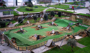 VIDEO: se hundió parque infantil construido sobre un estacionamiento