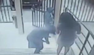 Magdalena: delincuentes armados asaltan a mujer en puerta de su edificio