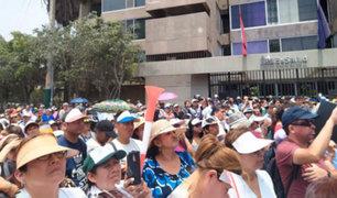 EsSalud: empleados realizan paro exigiendo mejora salarial