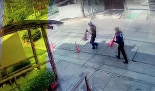 Surquillo: serenos se llevan conos de seguridad colocados por vecinos