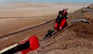 Moquegua: camión cisterna se despista cerca de Ilo y deja dos heridos