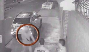 Surco: delincuentes armados asaltan a grupo de amigos en vía pública