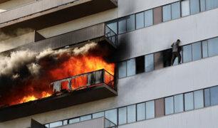 [FOTOS] EEUU: cuatro helicópteros y hasta 355 bomberos ayudaron a controlar incendio
