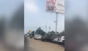 Surco: avenida El Derby es invadida por decena de vehículos