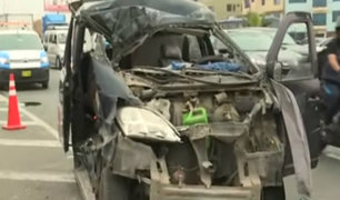 Panamericana Sur: un segundo vehículo habría provocado aparatoso accidente de minivan