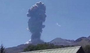 Chile: decretan alerta naranja tras explosión de volcán Chillán