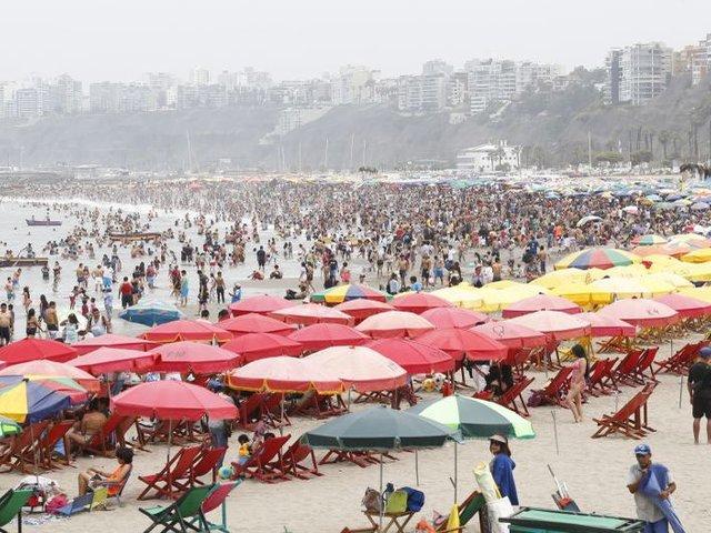 Ejecutivo decidirá mañana destino de las playas para verano 2021