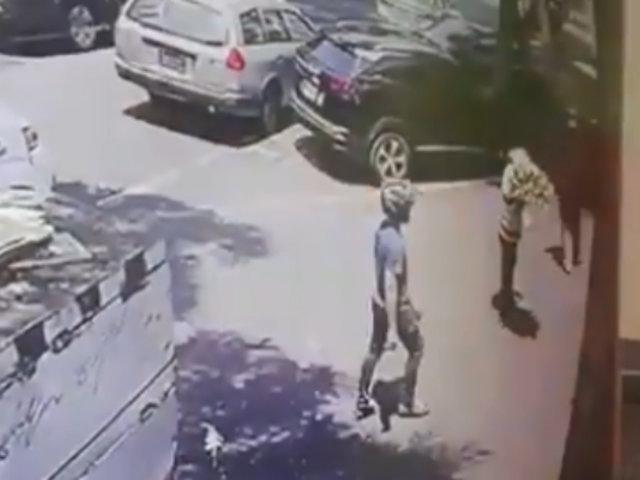 San Isidro: sujetos armados ingresan a velatorio para robar reloj 'Rolex'