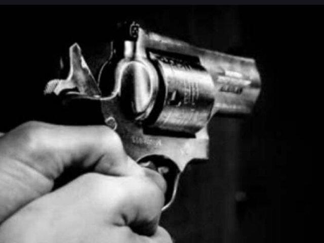 Los Olivos: sujeto dispara a expareja en mercado y luego se suicida