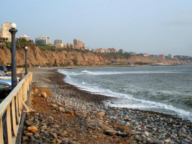 Municipalidad de Miraflores fiscalizará escuelas de surf de playa Makaha