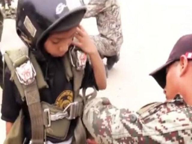 Curso de 'mini paracaidismo': así ganan confianza y pierden el miedo los menores