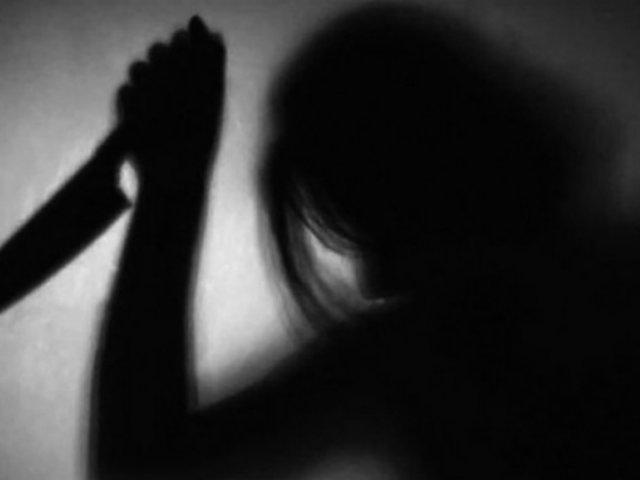 Áncash: iracunda mujer atacó con un cuchillo a la 'ex' pareja de su enamorado