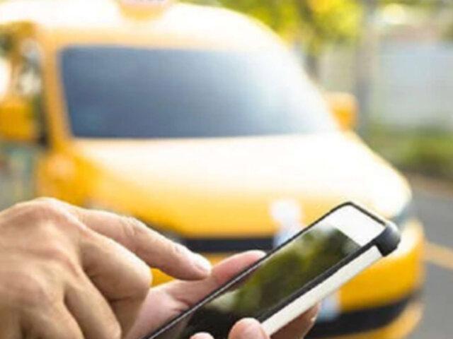 San Isidro: joven denuncia que taxista por aplicativo le robó dinero y una laptop