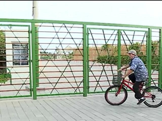 San Isidro: piden que alcalde abra rejas de parque para circulación de transeúntes y ciclistas