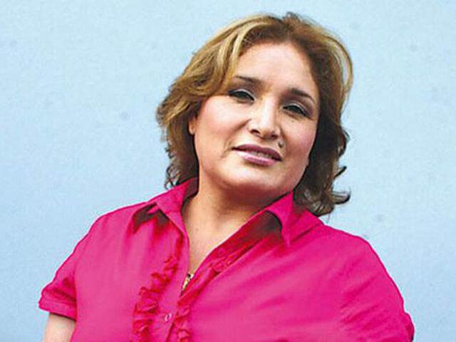 Amor entre rejas: Abencia Meza enamorada de guapa extranjera
