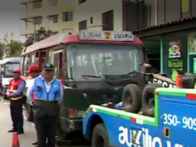 Miraflores: intervienen 3 cústers 'piratas' con más de medio millón de soles en papeletas