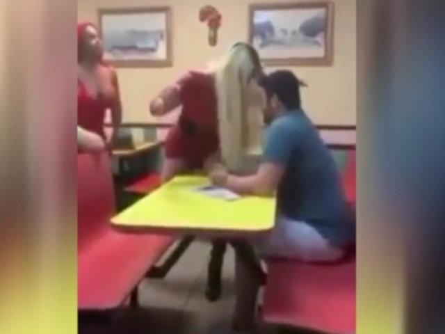 EEUU: transexuales golpean a dos hombres que las acosaban en restaurante