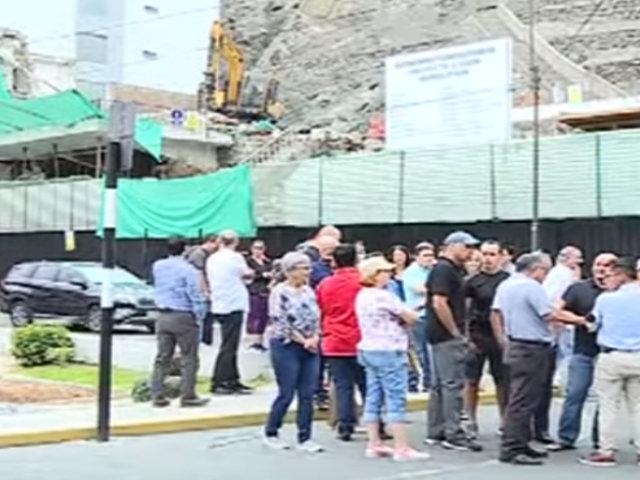 Surco: construcción de edificio en Cerros de Camacho no cumpliría con parámetros establecidos
