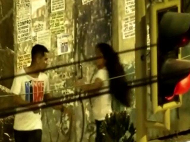 Ventanilla: pareja de enamorados protagoniza pelea en plena calle