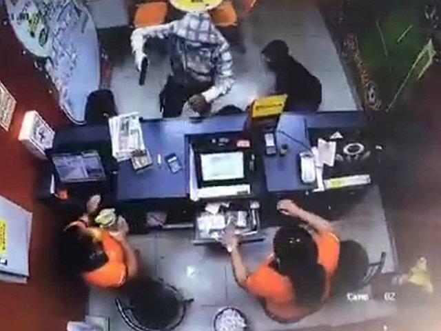 Trujillo: cámara registra violento asalto en casa de apuestas