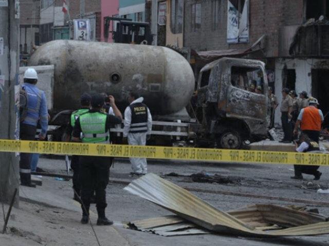 Villa El Salvador: declaran 30 días de duelo tras siniestro que dejó 23 muertos
