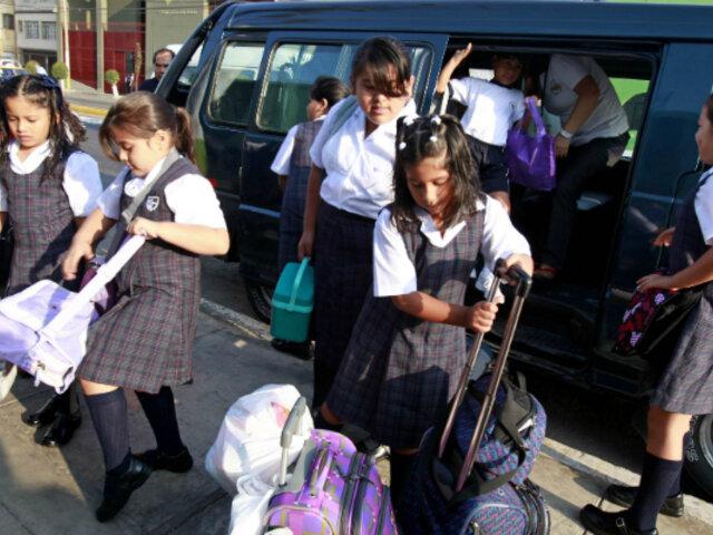 Movilidad escolar tendrá acompañante que velará por seguridad de niños