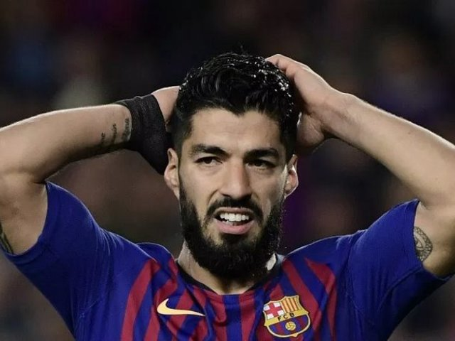 Luis Suárez se despidió de sus compañeros de Barcelona y rompió en llanto