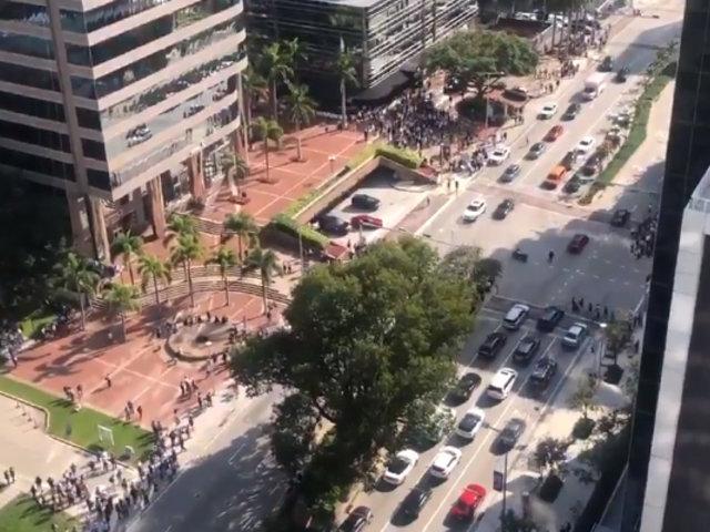 [VIDEOS] Miami: evacuaciones de emergencia tras sismo de 7.7 en Jamaica