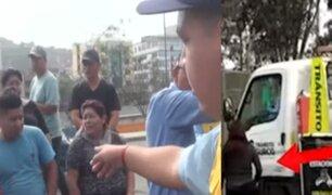 Surco: colectiveros informales agreden a inspectores municipales para evitar operativo