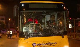 Chorrillos: diez heridos deja choque de combi y bus del Metropolitano