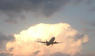 Madrid: avión con 130 pasajeros a bordo prepara aterrizaje de emergencia sin una rueda