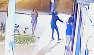 Chorrillos: delincuente amenazó a un grupo de jovencitas en la puerta de su casa