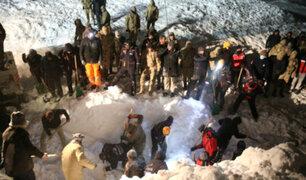 Turquía: más de 20 muertos y 10 desaparecidos tras avalancha en carretera