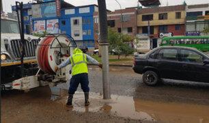 Rotura de una tubería de agua provocó gran aniego en SJL