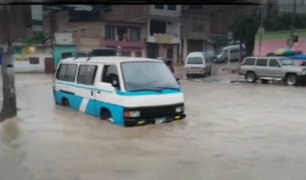 Calles y avenidas inundadas dejó intensa lluvia en Tumbes