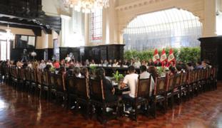 Presidente Vizcarra se reúne con damnificados por deflagración en VES