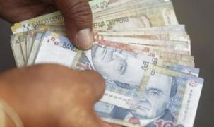 Ejecutivo anuncia fecha del incremento del sueldo mínimo