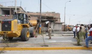 Tragedia en VES: iniciaron trabajos de demolición de viviendas dañadas por incendio