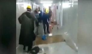 China: hospital construido en diez días tiene goteras