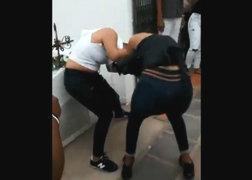 Iquitos: dos mujeres se agarran a golpes por el último set de un partido de vóley