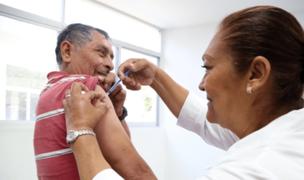 Cusco: lanzan campaña de vacunación para prevenir casos de neumonía en adultos mayores