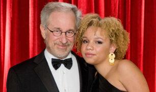 Hija de Steven Spielberg se lanza al mundo del cine para adultos