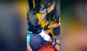 Lince: bus del Corredor Azul se pasa luz roja y atropella a sereno