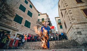 Croacia: durante carnaval queman muñecos que representan pareja gay