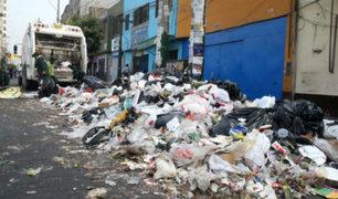La Victoria: vecinos denuncian cúmulos de basura en Av. San Pablo
