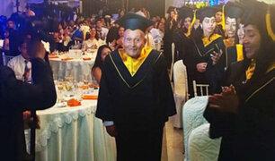 Anciano de 89 años se gradúa con honores como técnico electrónico